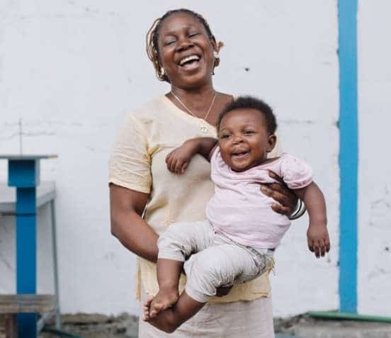 Die größte Freude jeder Mutter ist ein gesundes Kind